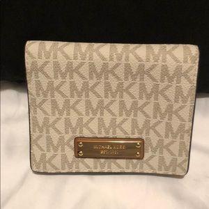 Michael Kors leather signature wallet